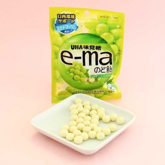 UHA e-ma Throat Candy - Shine Muscat Flavor