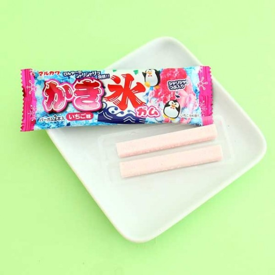 Marukawa Strawberry Shaved Ice Bubble Gum