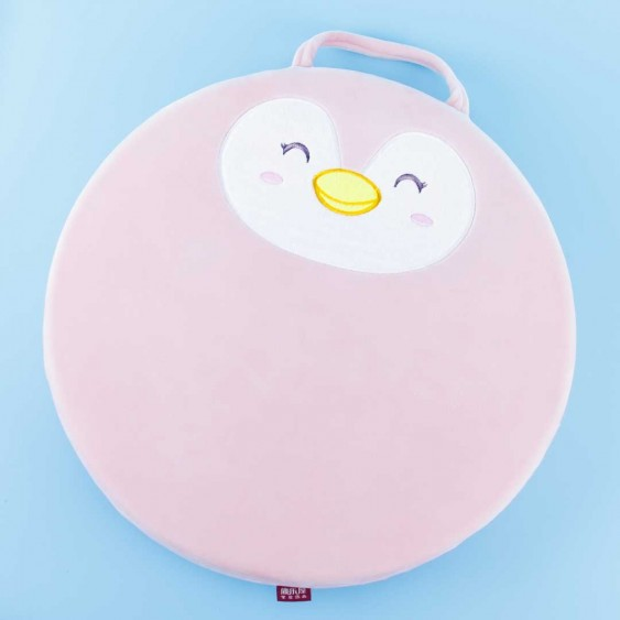 Round Happy Penguin Cushion