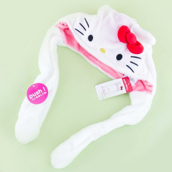 Fluffy Hello Kitty Hat With Movable Ears