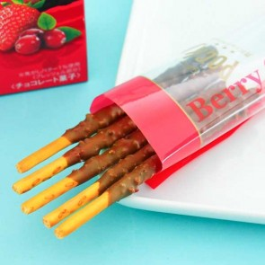 Pocky Biscuit Sticks - Berry Chocolate