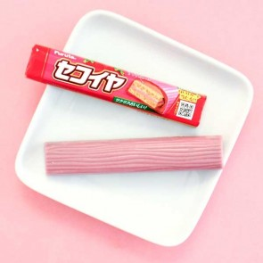 Furuta Strawberry Chocolate Bar