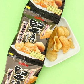 Calbee Crunch Potato Chips Black Pepper Flavor - 4 pcs