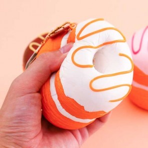 Cafe de N Croissant Donuts Squishy Charm