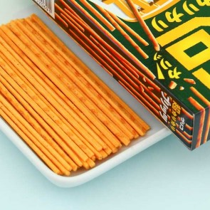 Glico Pretz Thin Biscuit Sticks - Cheese