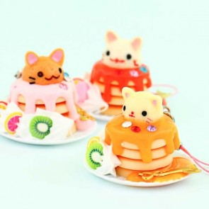 Cat On a Pancake Plate Charm