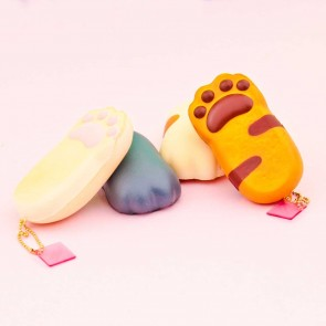NIC Cafe Sakura Cat Paw Squishy Charm