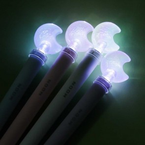 Light Up Crescent Moon Pen