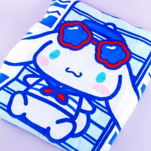 Cinnamoroll Sunbathing Large Beach Towel