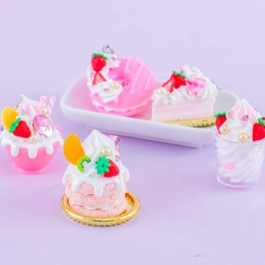 Creamy Strawberry Pastry Keychain