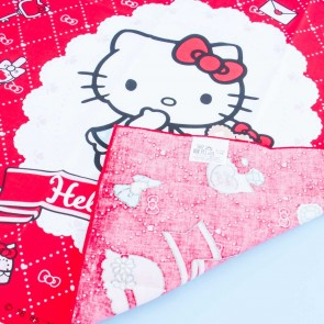Hello Kitty Fashion Time Lunch Cloth