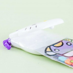 Hello Kitty Gum With Purple Castanets