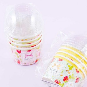 Strawberry Wrapping Cups With Dome-Shaped Lids
