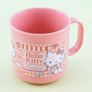 Hello Kitty Checkered Cup